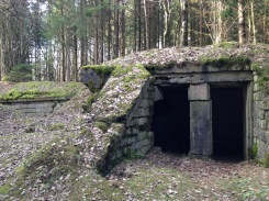A shelter outside P.C. 120 on the way to Froideterre.