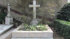 The Monet tomb.