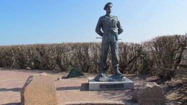 The statue of Brigadier Lord Lovat standing proudly on Sword Beach.