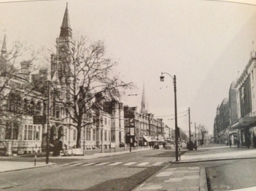 Circa 1961, this is Ealing Town Hall.